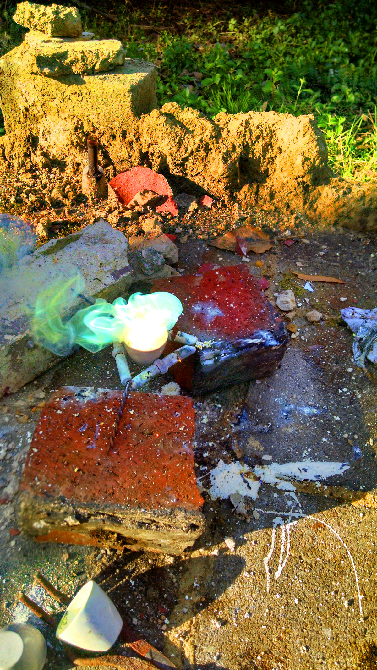 Zinc and sulfur ignite upon forming zinc sulfide, forming a blue-green flame. This reaction has been used as a rocket fuel.[1]